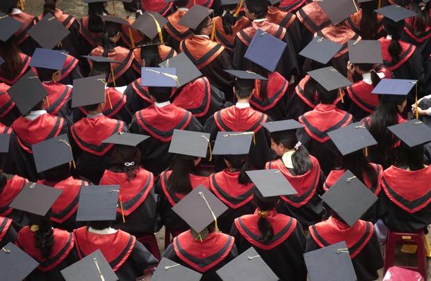 6 điều chứng tỏ thất nghiệp không còn là nỗi ám ảnh của sinh viên mới ra trường - Ảnh 1.