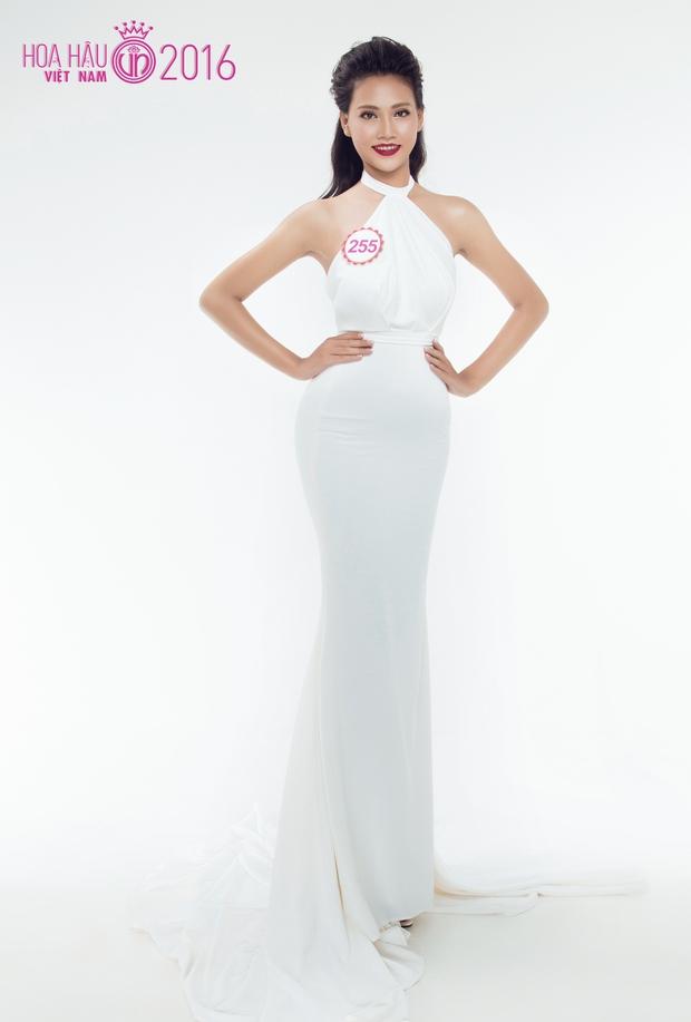 Hoa hậu Việt Nam 2016: 30 người đẹp tranh tài ở vòng Chung khảo phía Nam lộng lẫy với váy dạ hội - Ảnh 13.