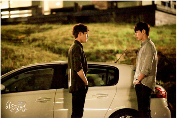 """""""Cheese In The Trap"""": Park Hae Jin hờn ghen vì thấy bạn gái thân thiết cùng Seo Kang Joon - Ảnh 25."""