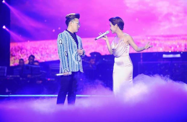 Khán giả xúc động khi trở lại thời Làn sóng xanh trong liveshow nhạc sĩ Việt Anh - Ảnh 18.