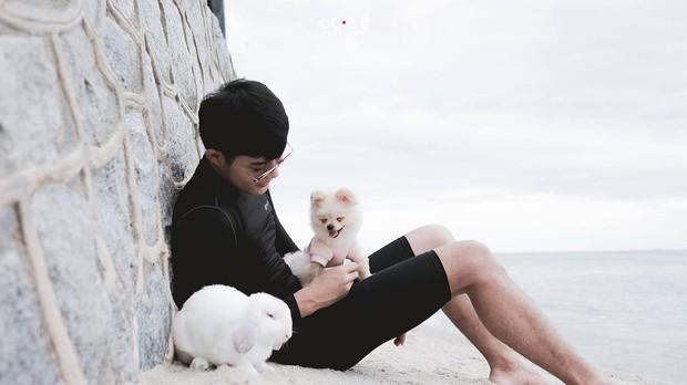 Gia đình nhỏ với trai đẹp, một em cún lúc nào cũng cười và hai chú thỏ lông xù siêu đáng yêu - Ảnh 31.
