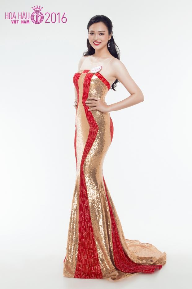 Hoa hậu Việt Nam 2016: 30 người đẹp tranh tài ở vòng Chung khảo phía Nam lộng lẫy với váy dạ hội - Ảnh 17.