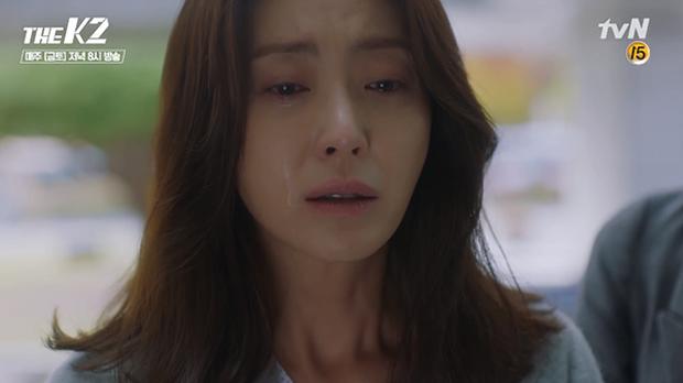 """""""K2"""": Thân phận thật sự của Yoona đã được tiết lộ - Ảnh 33."""