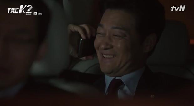 """""""K2"""": Ji Chang Wook bất lực nhìn Yoona bị kẻ thù bắt cóc - Ảnh 33."""