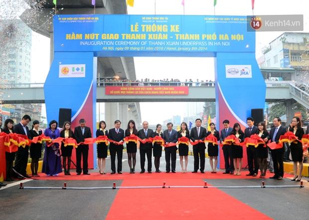 Chính thức thông xe hai hầm chui lớn nhất Hà Nội - Ảnh 3.