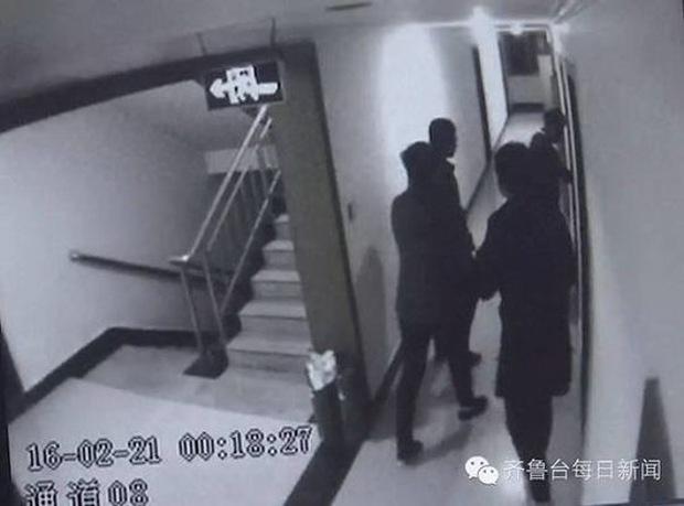 4 thiếu niên gây phẫn nộ khi chơi oẳn tù tì thay phiên nhau hiếp dâm một cô gái - Ảnh 3.