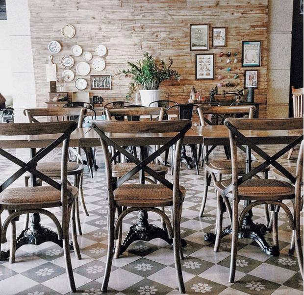 Hà Nội: Muốn chụp ảnh nền gạch hoa vintage? Cứ đến những quán cafe này - Ảnh 11.