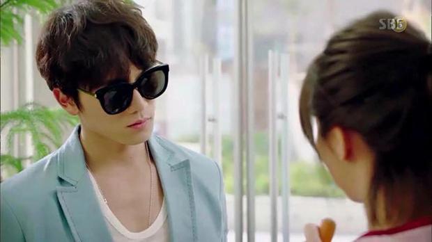 """Tạo hình của Ji Sung trong """"Entertainer"""" hứa hẹn còn """"lầy"""" hơn bánh bèo Yoo Na - Ảnh 4."""