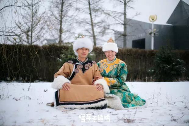 Cặp đôi trẻ cùng xin nghỉ việc để có thời gian đi chụp ảnh cưới vòng quanh Trung Quốc - Ảnh 5.