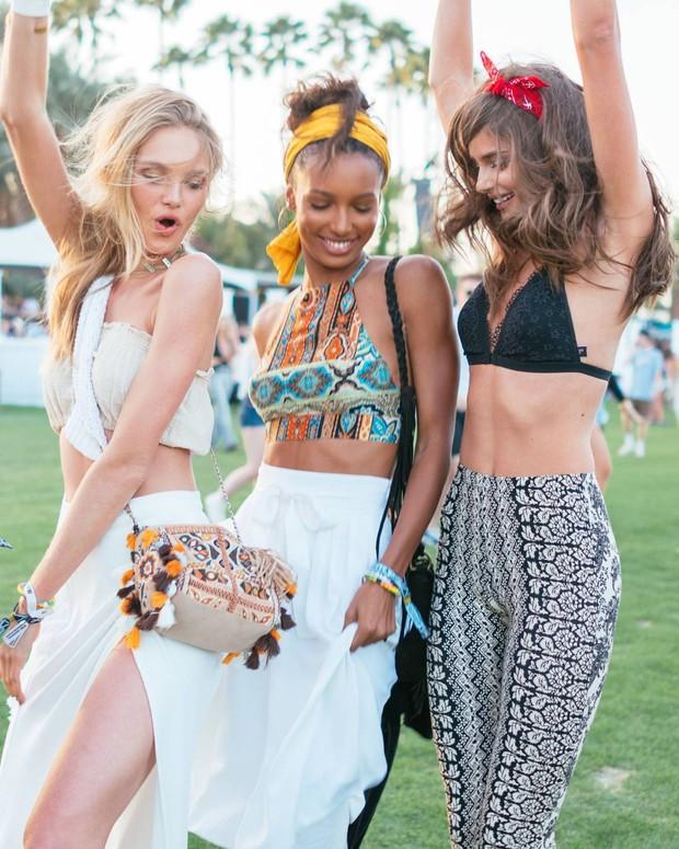 Mê mẩn ngắm style lễ hội sexy khó cưỡng tại Coachella 2016 - Ảnh 3.