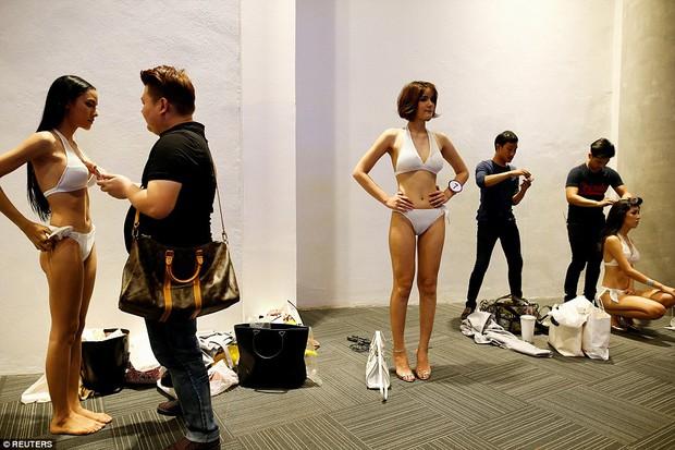 Bên trong cuộc thi sắc đẹp lớn nhất dành cho người chuyển giới ở Thái Lan - Ảnh 4.