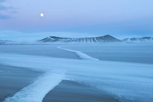 Đố bạn biết: Vì sao Greenland thì toàn băng, trong khi Iceland phủ xanh cây cỏ? - Ảnh 3.