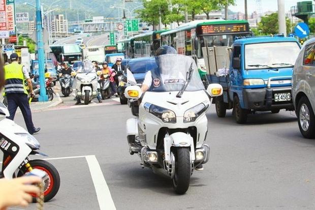 Đại ca xã hội đen khét tiếng Đài Loan bị bắn chết, 3.000 người nối đuôi nhau đến đưa tang - Ảnh 2.