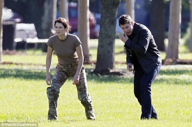 Mãn nhãn xem Tom Cruise tung hoành trong Jack Reacher: Never Go Back - Ảnh 4.