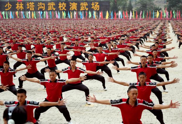 30.000 môn sinh tham gia buổi biểu diễn hoành tráng trong Đại hội Võ thuật Thiếu lâm - Ảnh 4.