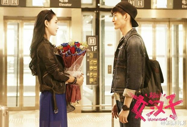 Triệu Lệ Dĩnh cưỡng hôn Trương Hàn trong khi Hoắc Kiến Hoa bê bết máu - Ảnh 6.