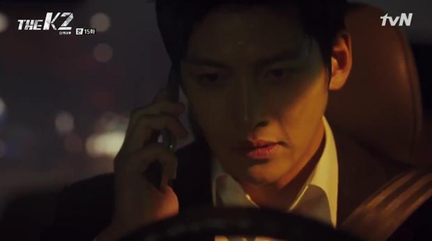 """""""K2"""": Ji Chang Wook bất lực nhìn Yoona bị kẻ thù bắt cóc - Ảnh 36."""