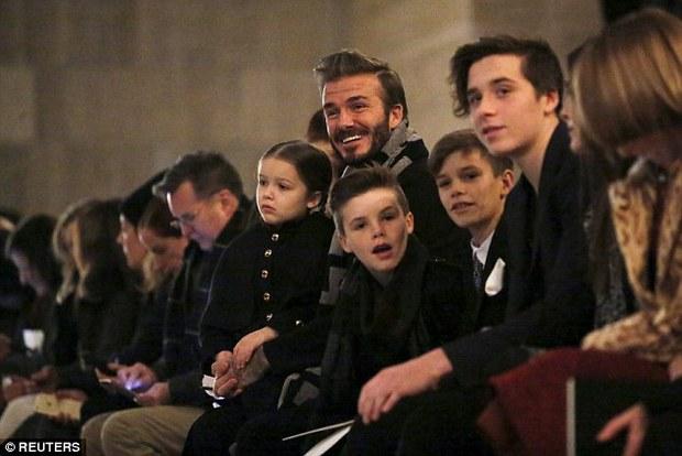 David Beckham vung tiền giải cứu đế chế thời trang của vợ - Ảnh 3.