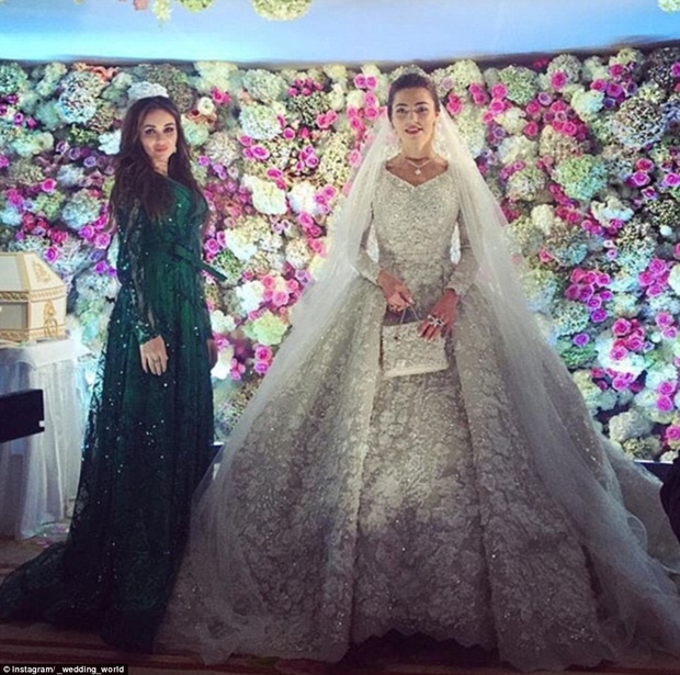 Nghẹt thở trước độ xa hoa trong đám cưới hơn 22.000 tỷ của Lọ Lem phiên bản đời thực - Ảnh 13.