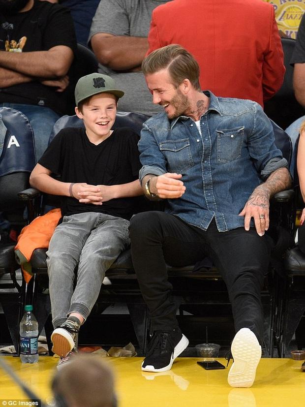 Đăng video Cruz nghêu ngao hát, Beckham bị chửi là vô liêm sỉ - Ảnh 1.