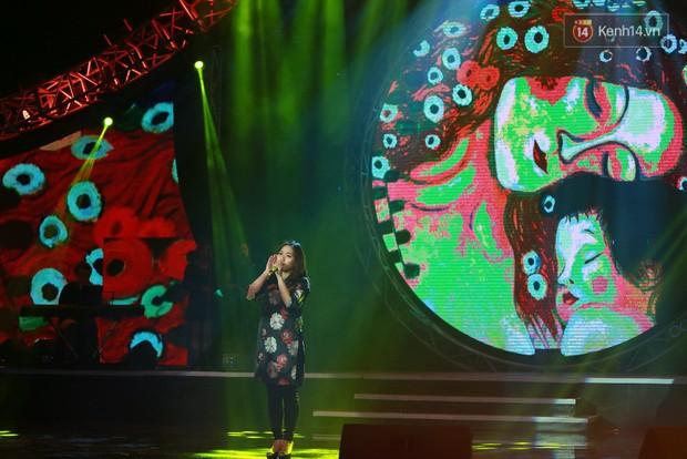 Hoài Lâm giành giải thưởng 500 triệu đồng của Bài hát yêu thích 2015 - Ảnh 5.