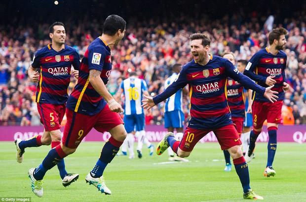Messi sút phạt thần sầu, Barca thắng 5 sao để tiến sát ngôi vương - Ảnh 3.