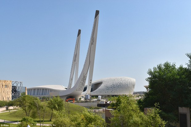 Ngắm nhìn 30 công trình đẹp nhất thế giới, trong đó có nhà trẻ xanh tại Việt Nam - Ảnh 4.