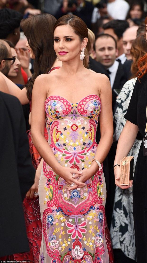 Hoa hậu đẹp nhất mọi thời đại giờ lại béo thế này trên thảm đỏ LHP Cannes - Ảnh 7.