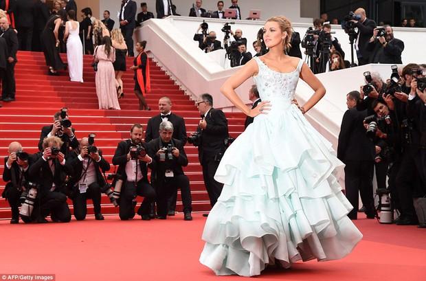 Hoa hậu đẹp nhất mọi thời đại giờ lại béo thế này trên thảm đỏ LHP Cannes - Ảnh 11.