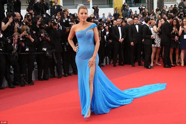 Sao Điều tuyệt vời nhất của chúng ta xuất hiện cùng bạn gái tin đồn ở Cannes - Ảnh 4.