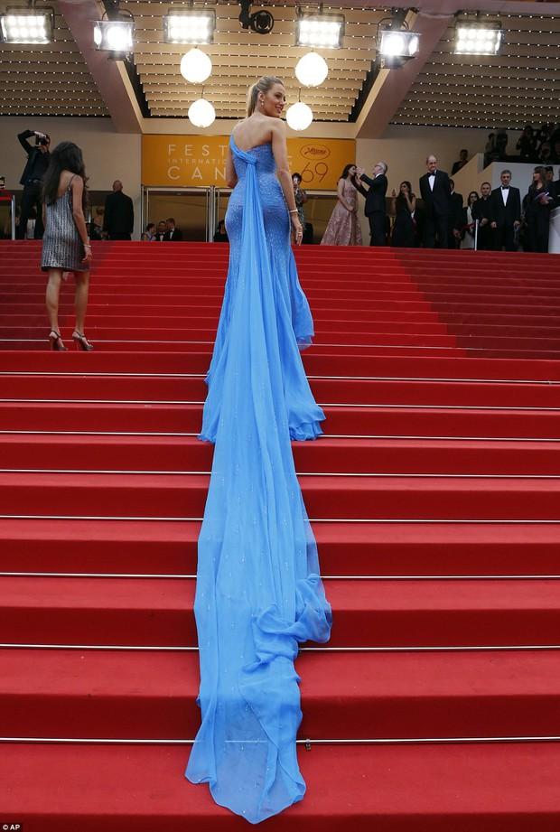 Sao Điều tuyệt vời nhất của chúng ta xuất hiện cùng bạn gái tin đồn ở Cannes - Ảnh 5.