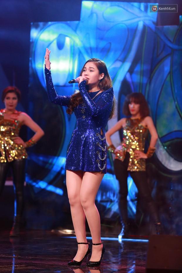 Hoài Lâm giành giải thưởng 500 triệu đồng của Bài hát yêu thích 2015 - Ảnh 15.