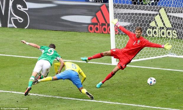 Ibrahimovic giúp Thụy Điển thoát thua trước Ireland - Ảnh 4.