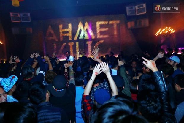 Khán giả Hà Nội hoài niệm trong đêm nhạc Deep House bay bổng cùng DJ Ahmet Kilic - Ảnh 11.