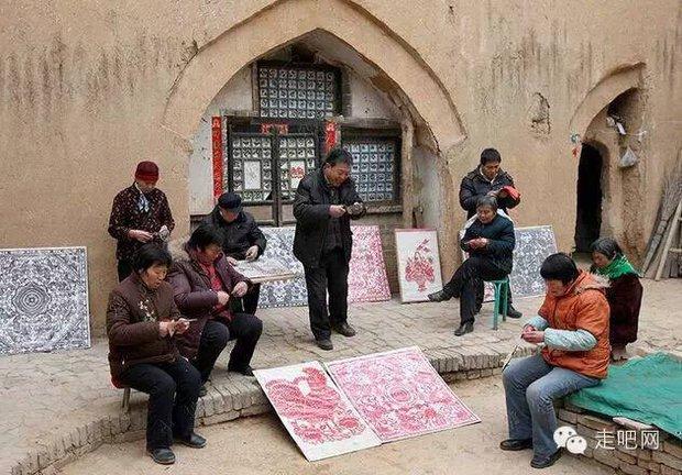 Ngôi làng kỳ lạ nhất Trung Quốc: Toàn bộ người dân đều sống dưới lòng đất - Ảnh 30.