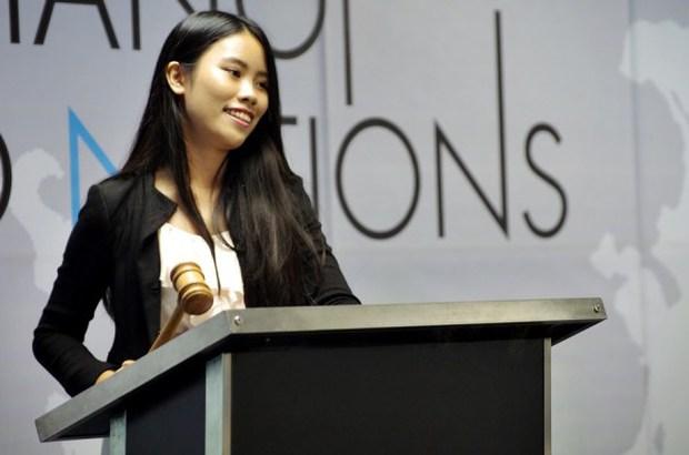 17 tuổi, nữ sinh tài năng này đã sáng lập hội thảo Mô phỏng Liên Hợp Quốc cho các bạn trẻ Việt Nam - Ảnh 4.
