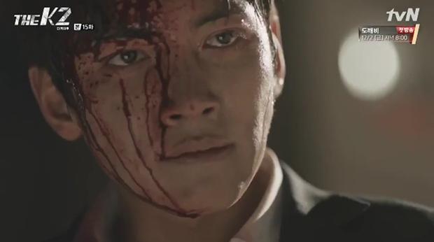 """""""K2"""": Ji Chang Wook bất lực nhìn Yoona bị kẻ thù bắt cóc - Ảnh 43."""