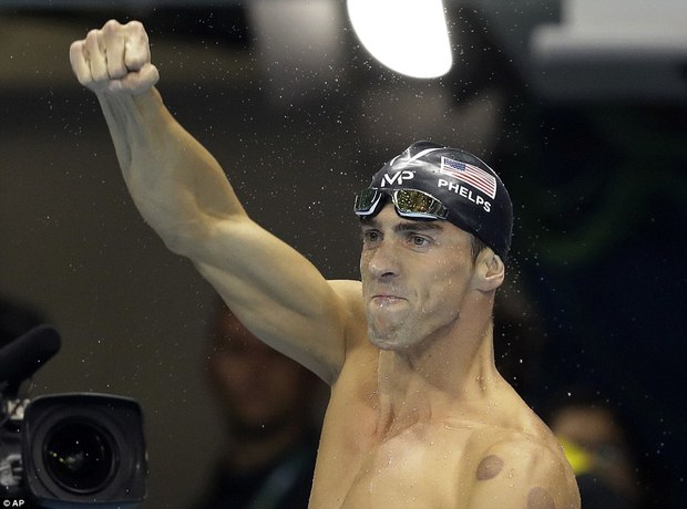 Michael Phelps tiết lộ bí mật động trời về thói quen đi tiểu của các kình ngư ở Olympic - Ảnh 1.