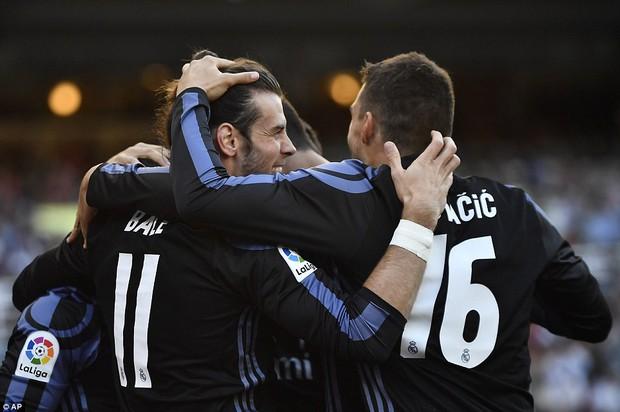 Không Ronaldo, Real Madrid vẫn dễ dàng đút túi 3 điểm trong trận mở màn mùa giải mới - Ảnh 5.