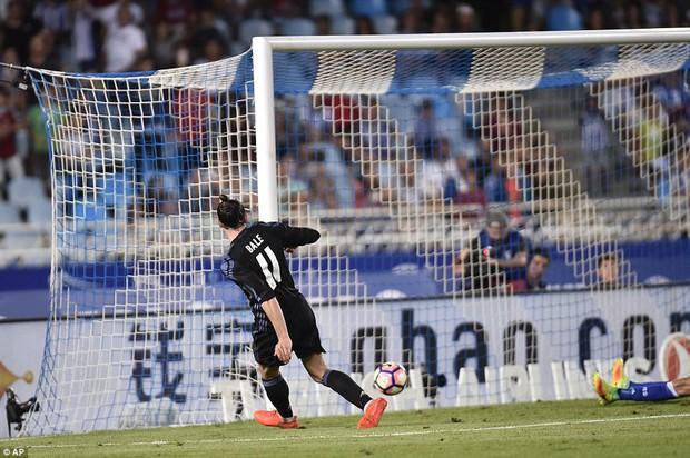 Không Ronaldo, Real Madrid vẫn dễ dàng đút túi 3 điểm trong trận mở màn mùa giải mới - Ảnh 10.