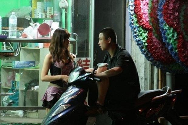 Cuộc sống ít người biết của những nàng Tây Thi bán trầu nóng bỏng trên đường phố Đài Loan - Ảnh 15.