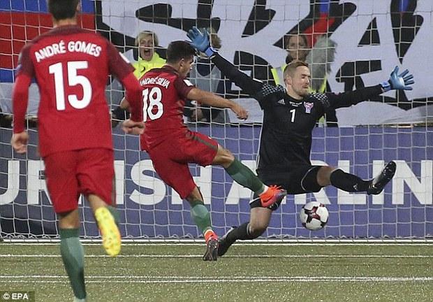 Ronaldo tiếp tục nổ súng trong chiến thắng 6 sao của Bồ Đào Nha - Ảnh 6.