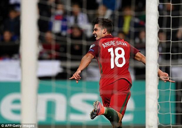 Ronaldo tiếp tục nổ súng trong chiến thắng 6 sao của Bồ Đào Nha - Ảnh 7.