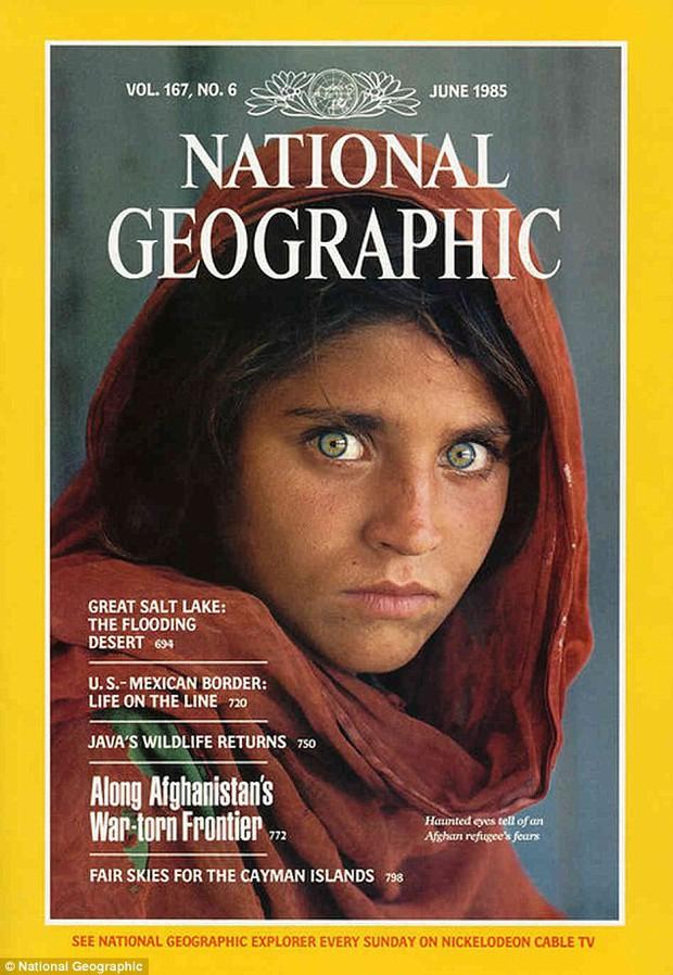Cô gái Afghanistan trong bức ảnh nổi tiếng thế giới bị bắt vì dùng thẻ căn cước giả - Ảnh 3.