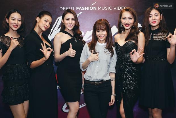 Hồ Ngọc Hà đẹp cuốn hút bên 5 học trò The Face, An Nguy ngày càng nữ tính dự sự kiện - Ảnh 4.