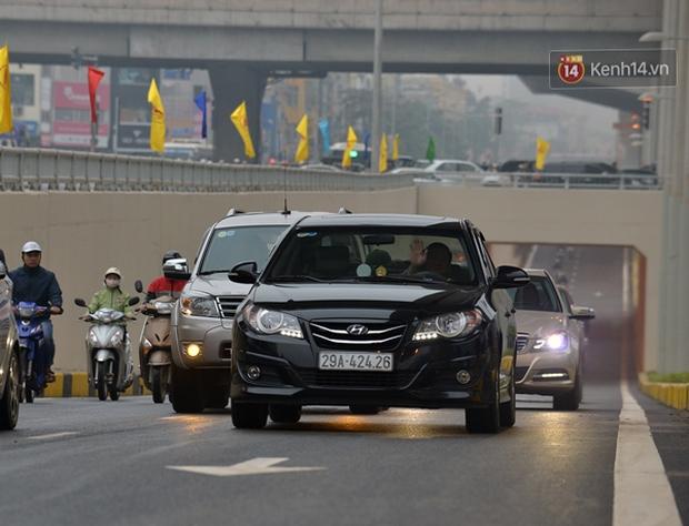 Chính thức thông xe hai hầm chui lớn nhất Hà Nội - Ảnh 4.