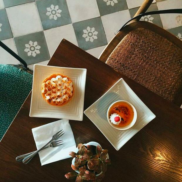 Hà Nội: Muốn chụp ảnh nền gạch hoa vintage? Cứ đến những quán cafe này - Ảnh 12.