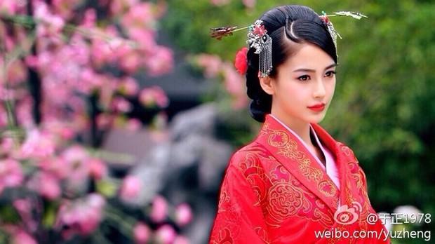 """Angela Baby, Chung Hán Lương chính thức bén duyên trong """"Cô Phương Bất Tự Thưởng"""" - Ảnh 4."""