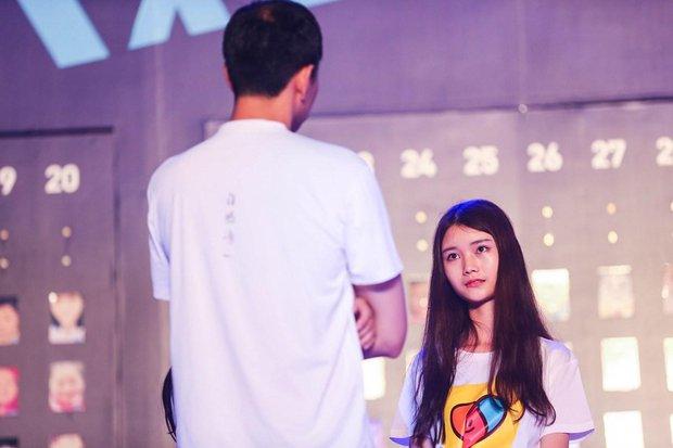 Cuộc thi Nhận mặt hot girl ở Trung Quốc: Mẹ đẻ còn nhận nhầm con gái - Ảnh 8.