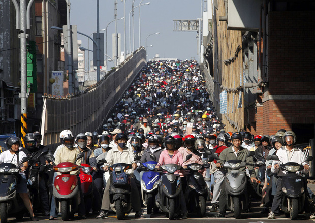 Không chỉ Indonesia, rất nhiều thành phố khác trên thế giới cũng thường xuyên ùn tắc kinh hoàng - Ảnh 4.